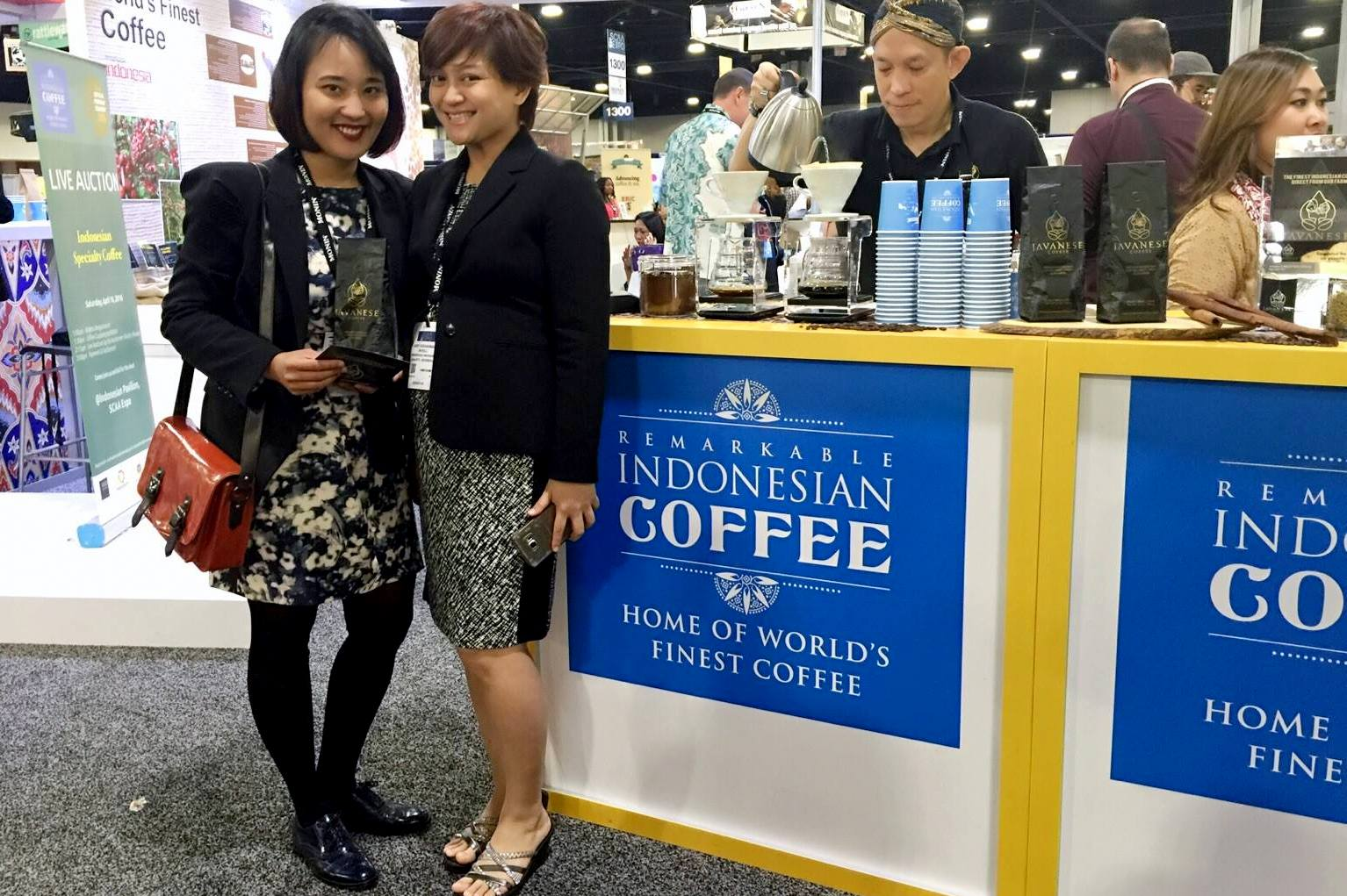 Gadis Ranty at Coffee Indonesia trade show