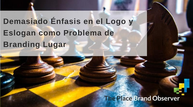 Demasiado Énfasis en el Logo y Eslogan como Problema de Branding Lugar